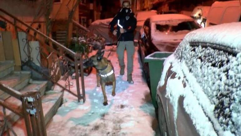 İstanbulda 35 adrese baskın Özel harekat da katıldı