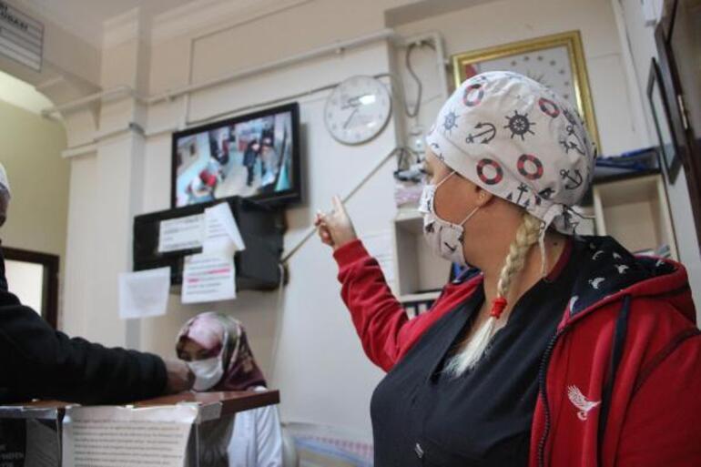 Diyarbakırda Aile Sağlığı Merkezinde skandal Pantolonunu indirdi, çalışanlara küfretti