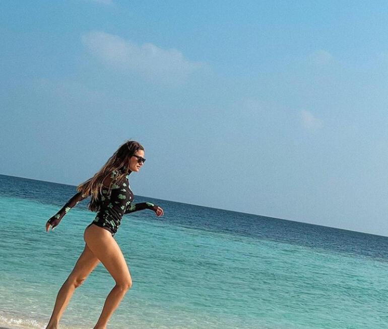 Acılara yürüyor korkmuyorum  Serenay Sarıkayadan yeni tatil pozu