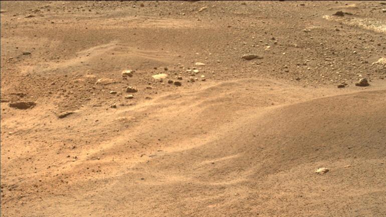 Mars'tan inanılmaz bir görüntü daha Devasa hortumların fotoğrafı yayınlandı…