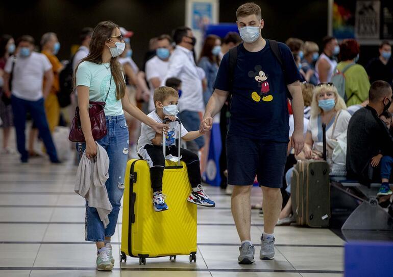 'AB'nin aşı pasaportu taslağı utanç belgesi'