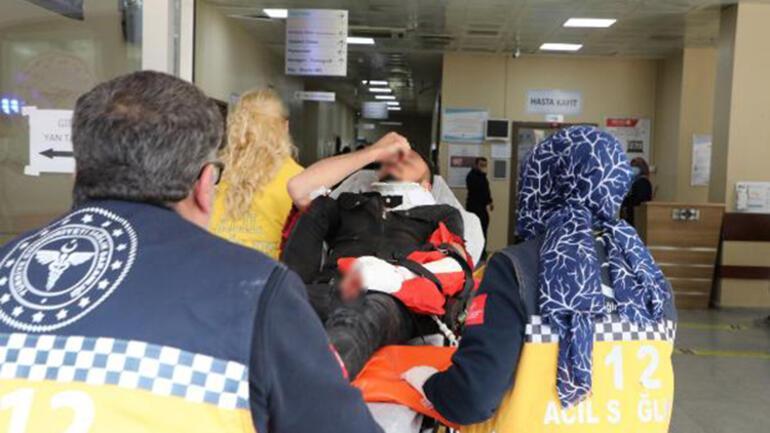 Şanlıurfa'da hafif ticari araç devrildi: 1 ölü, 6 yaralı