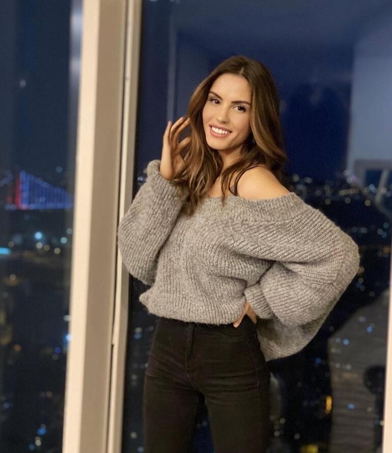 Ünlü oyuncu Ayşegül Çınar gözaltına alındı...