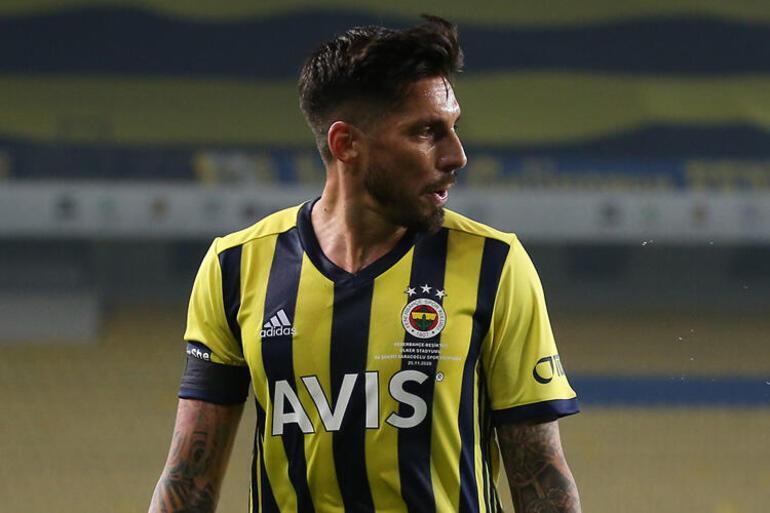 Son Dakika: Fenerbahçe SD Emre Belözoğlu: Caner Erkin hatasının farkında, başarısızlıkta sorumluluğu alırım