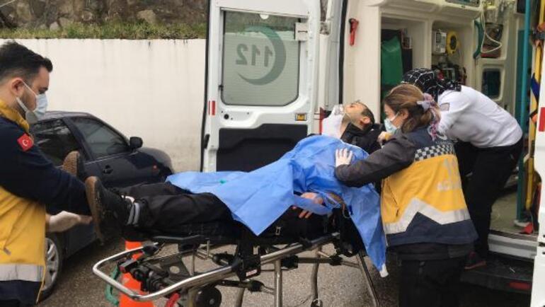 Bursada bıçaklı saldırgan dehşeti: 3 kişiyi yaraladı