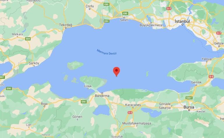 Son dakika deprem haberi: Marmara Denizinde 3.7 büyüklüğünde deprem İstanbul ve Balıkesirde hissedildi