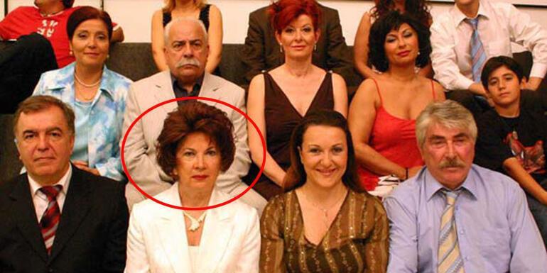 Usta oyuncu Ayla Karaca son yolculuğuna uğurlandı