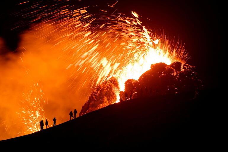 23 günde 50 bin deprem... İzlanda şaşkın 800 yıldır uyuyordu...