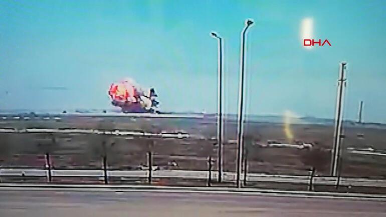 Son dakika... Konyada askeri gösteri uçağı düştü Acı haber geldi