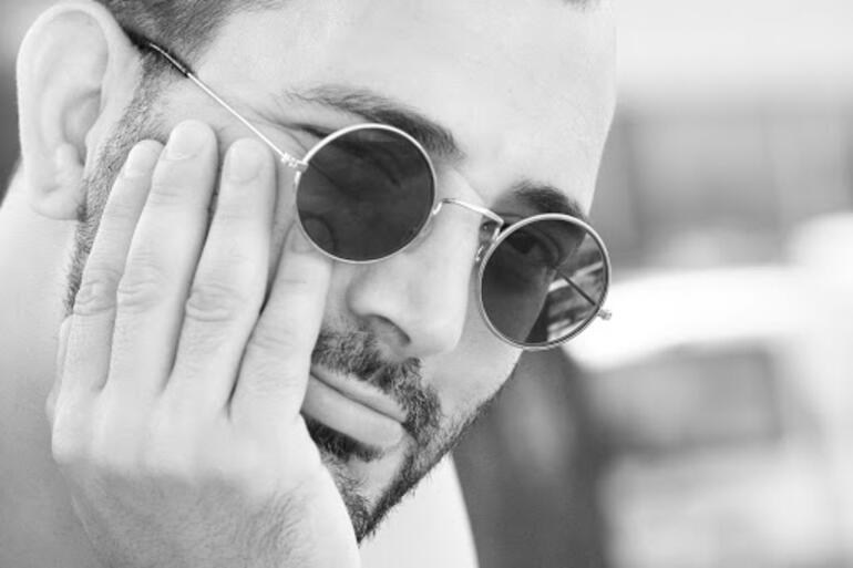 Amerikan yapımı filme Türk yönetmen