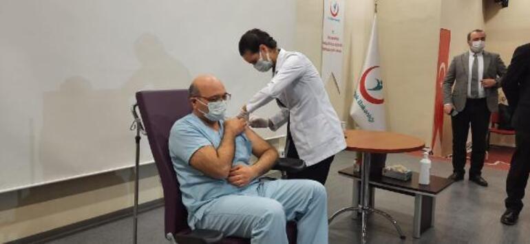 Kocaeli İl Sağlık Müdürü aşılamaya dikkat çekti: Korunmanın en önemli yolu