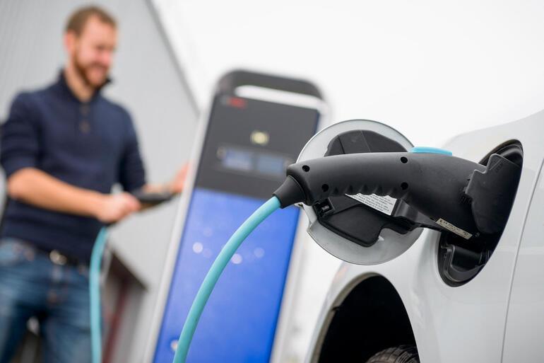 Gelecek yapay zeka, elektromobilite ve yeşil hidrojende