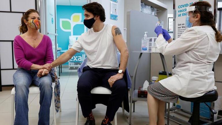 Kanada Başbakanı Justin Trudeau tartışmalı AstraZeneca aşısını yaptırdı