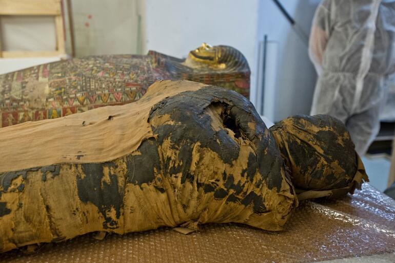 Dünyada bir ilk Hamile bir kadına ait antik Mısır mumyası bulundu