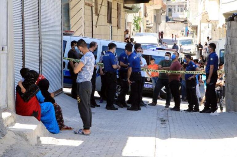 Şanlıurfa'da poşette çürümüş bebek cesedi bulundu