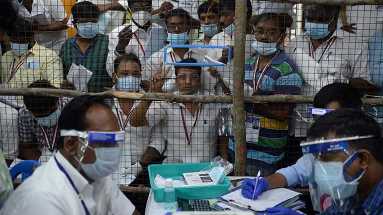 Korkutan Hindistan varyantı açıklaması: Hem aşıyı hem bağışıklığı etkisizleştirebilir