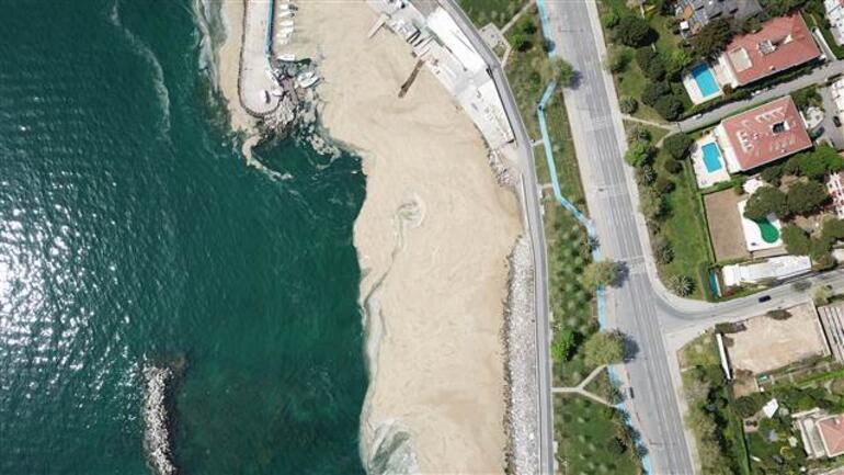 Bu kez Fenerbahçe Sahilini kapladı Deniz salyası kâbusu