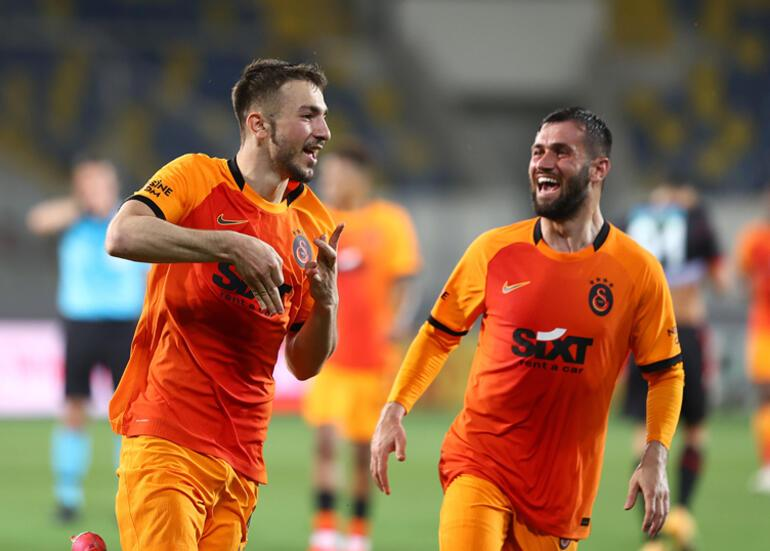 Son dakika: Galatasaraylı Halil DervişoğlunaFenerbahçe de talip - Transfer Haberleri