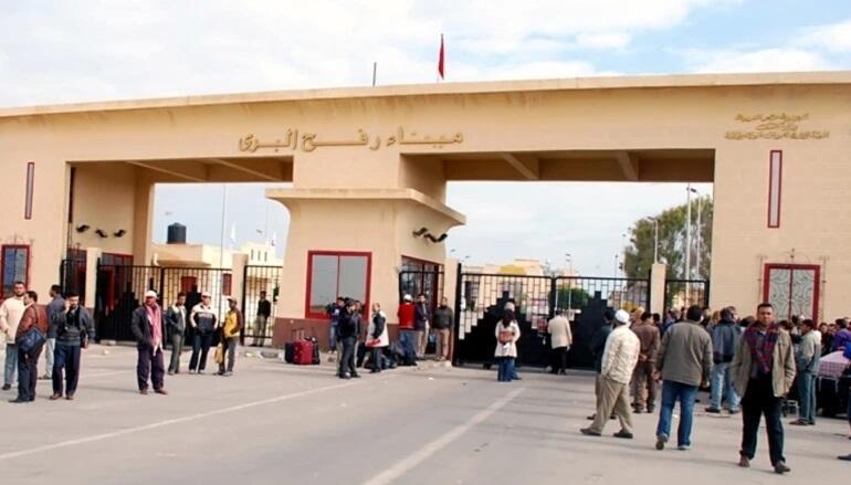 Mısır, Filistin için sınır kapısını açtı