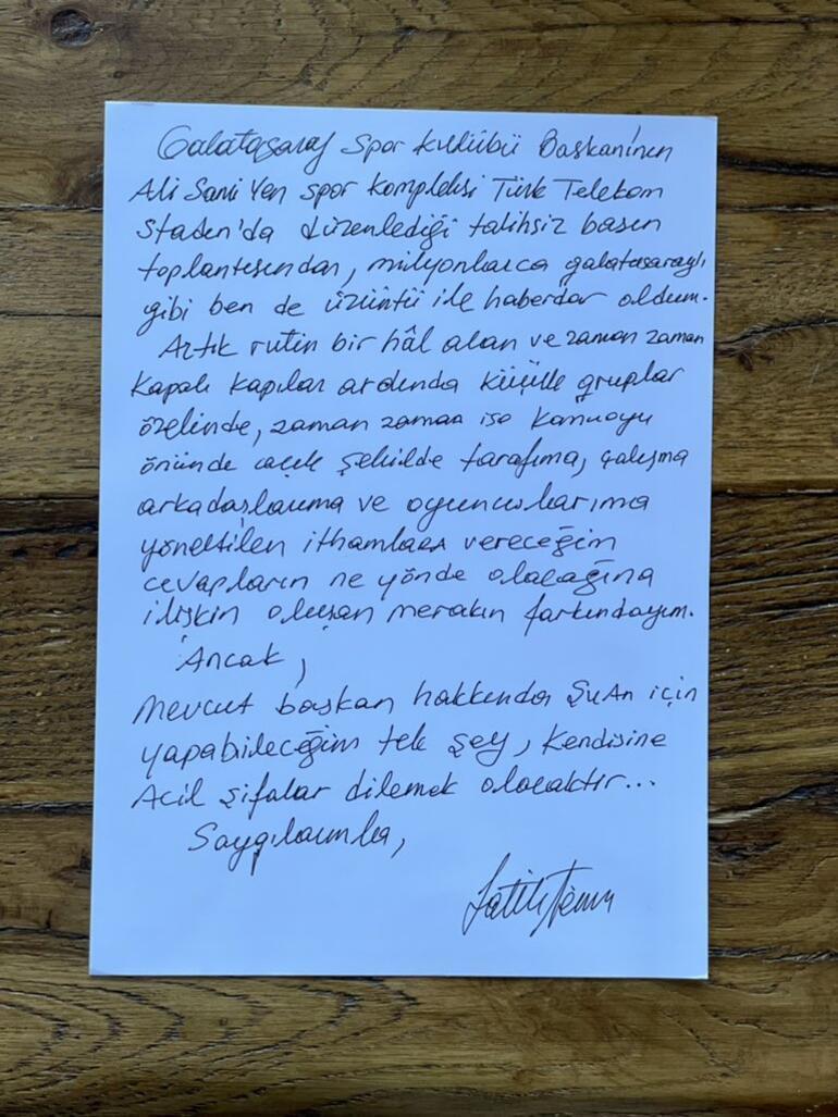 Son Dakika haberi... Galatasaray, Fatih Terim Mustafa Cengiz restleşmesiyle çalkalanıyor.. El yazısı ile paylaştı...