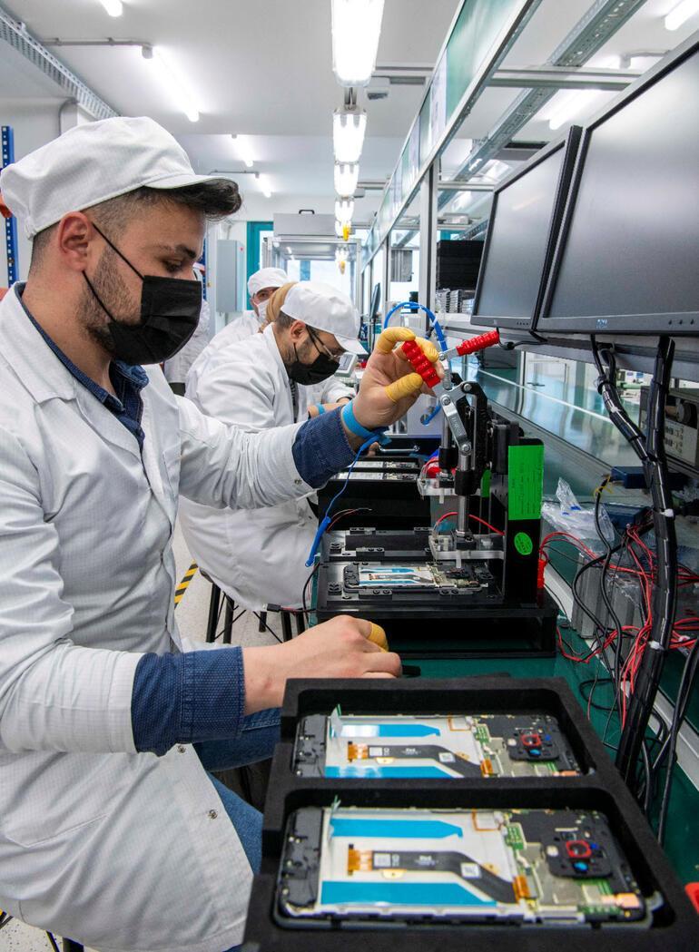Tecno Mobile, 35 milyon dolar yatırımla Türkiyede üretime başladı
