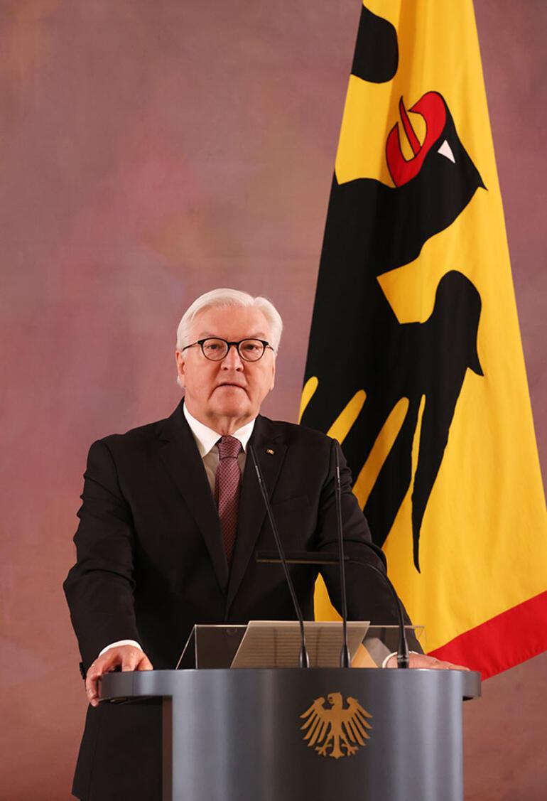 Steinmeier yeniden aday
