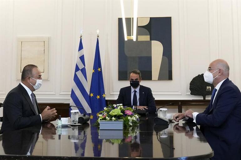 Dışişleri Bakanı Çavuşoğlunun ziyareti ses getirdi: Yunan basınında Türkiye manşetleri