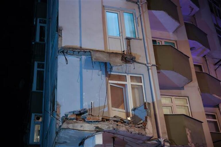 Avcılarda balkonu çöken apartman için acil tahliye kararı verildi