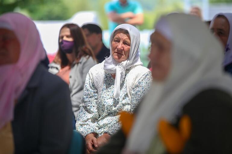 Son dakika haberi: Srebrenitsa anneleri gözyaşlarıyla bekliyordu...  Bosna kasabı Ratko Mladicin cezası onandı