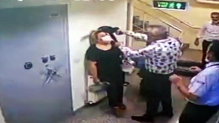 Çalışanın kafasına silah dayamıştı Savunması şaşkına çevirdi...