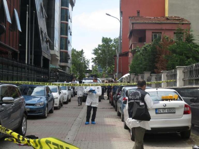 İstanbul Ataşehirde gasp dehşeti Kadın çalışan hayatını kaybetti