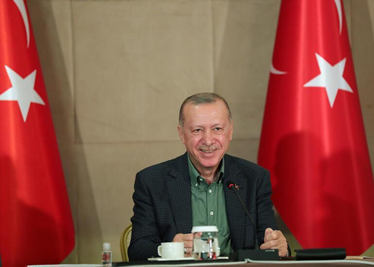 Son dakika... Cumhurbaşkanı Erdoğan, gençlerle buluştu, sorularını cevapladı: Çok sürpriz bir cevap vereceğim