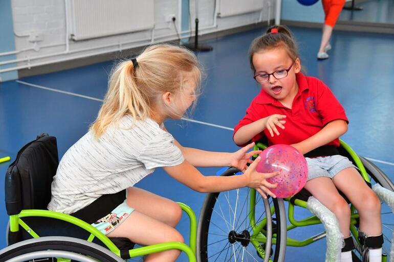 Engelli çocuklar için spor kulübü açıldı