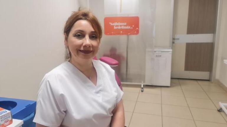 Bakan Kocanın fotoğrafını paylaştığı Serpil hemşireden herkese aşı daveti