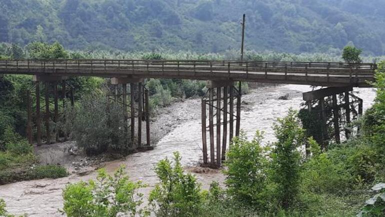 Son dakika haberi: Zonguldak, Sakarya ve Düzcede sel felaketi Sağanak hayatı durdurdu, dereler taştı... İşte son durum