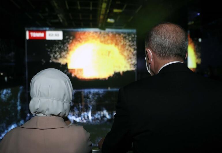 15 Temmuz Demokrasi Müzesinde duygu dolu anlar Gözyaşlarına hakim olamadı