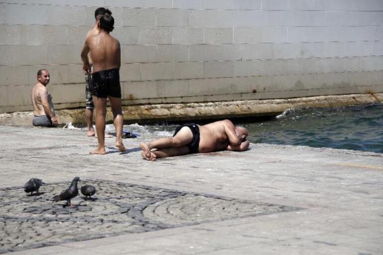 Kavurucu sıcaklardan bunalan İstanbullular, Boğaza akın etti