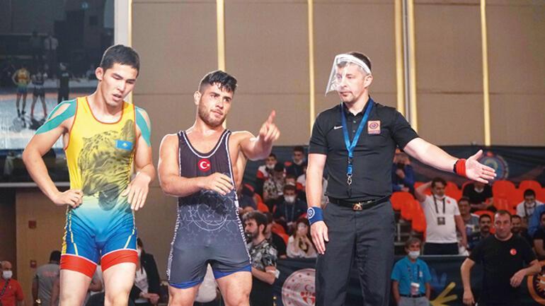 Cizreden dünyaya şampiyon
