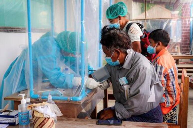 Myanmarı hem darbe hem koronavirüs vurdu Cuntadan çıldırtan sözler: Ölmemek için...