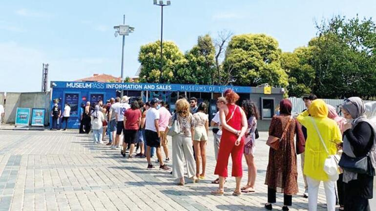İstanbul'u umutlandıran turist hareketi