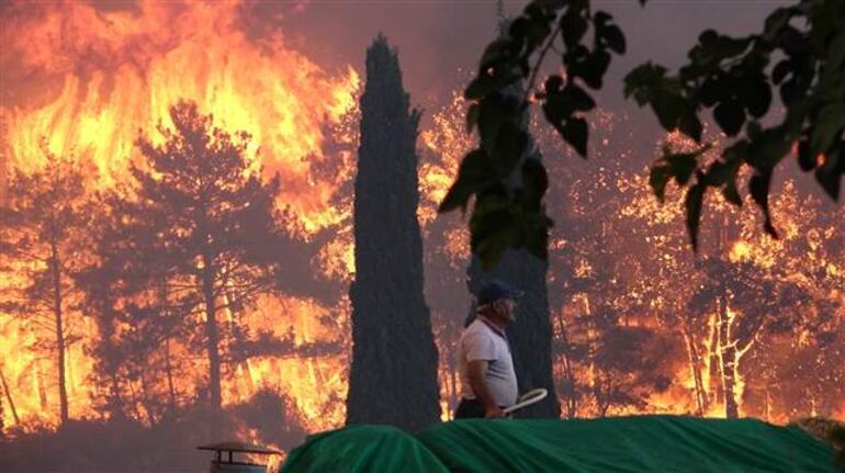 Son dakika: Manavgat yangını kontrol altına alındı! 4 farklı noktada yangın...  Mahalleler boşaltıldı! Dehşet verici görüntüler geliyor - Son Dakika  Haberleri İnternet