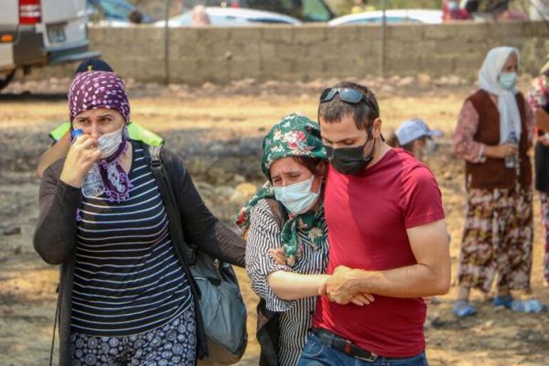 Manavgattaki yangında can veren Kardaş çiftine gözyaşlarıyla veda