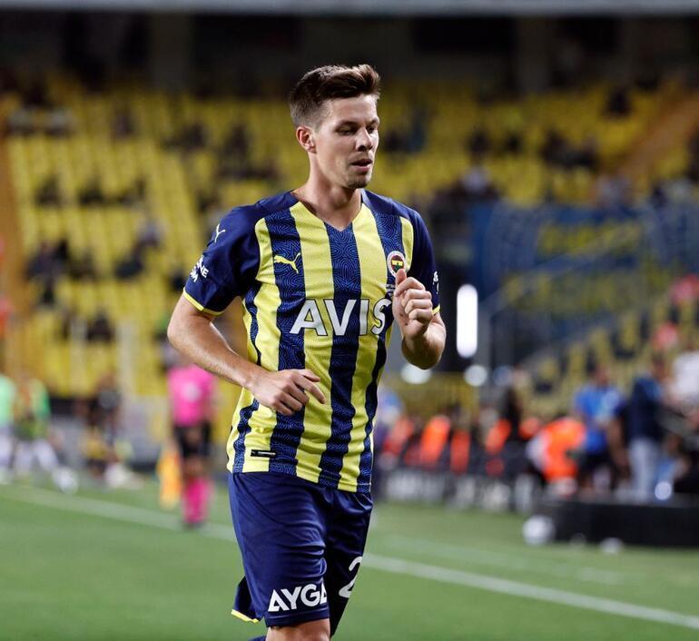 Son Dakika: Fenerbahçe - Antalyaspor maçının ardından ümidini kesti Bu düşük özgüvenle faydasız... Yeni transferleri sıraladı...