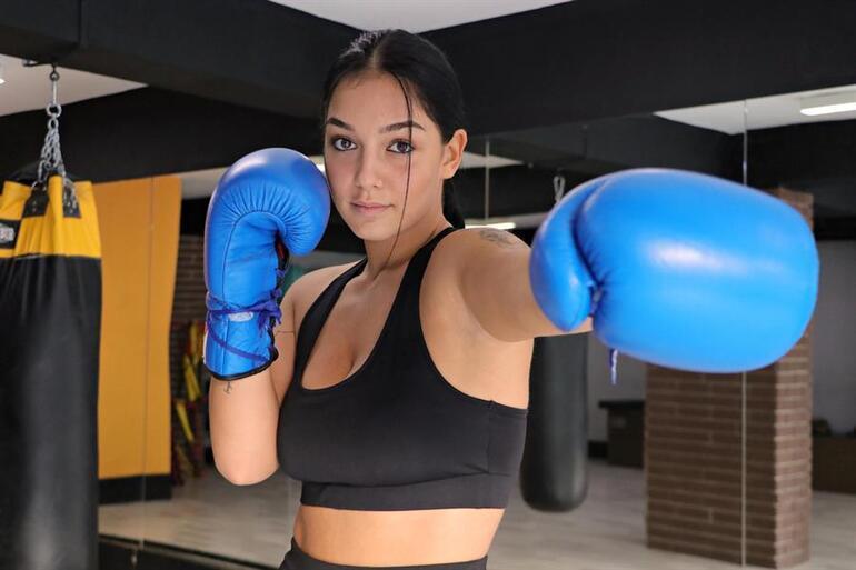 Kilo vermek için boksa başlayan Dilara Yücel, Avrupa Şampiyonluğu kemerini kazandı
