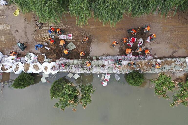 Çinde sel felaketi: Yaklaşık 2 milyon insan etkilendi