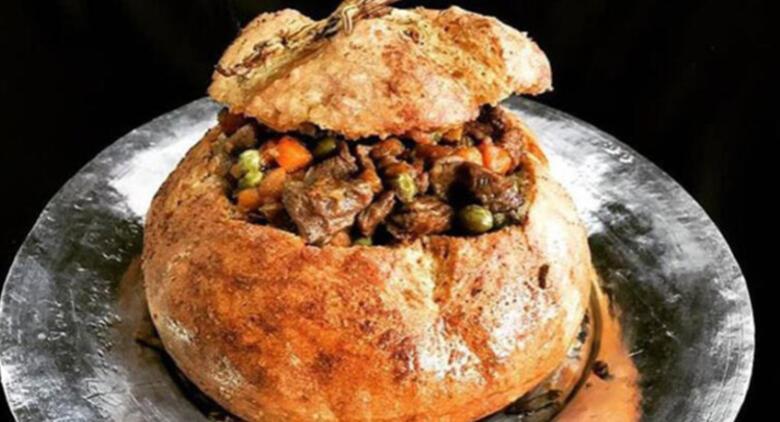 Ekmeğin en lezzetli hali: Fodula (Ekmek dolması)
