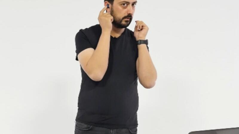 Samsung'dan kablosuz kulaklık