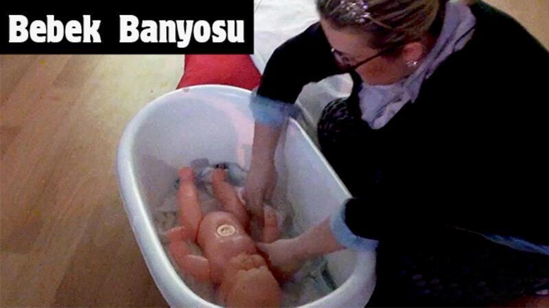 Bebek banyosu nasıl yaptırılır?