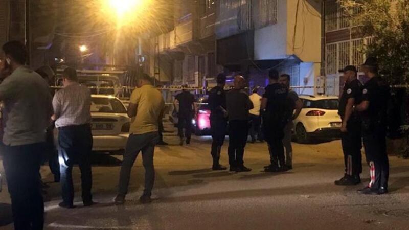 Komşuların otopark tartışması silahlı kavgaya döndü; Ölüler ve yaralılar var