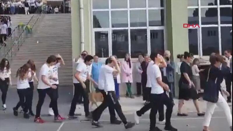 Yeni öğrencilere simit atma geleneğine ilişkin inceleme başlatıldı